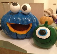 MyGeckoBox Pumpkin decorating with kids